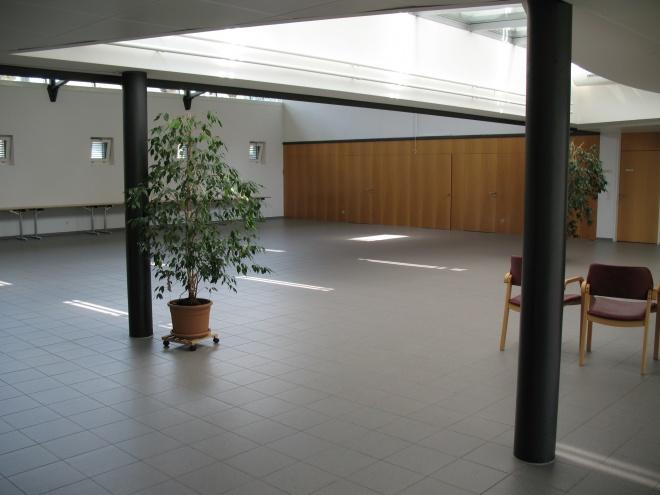 Foyer und Saal